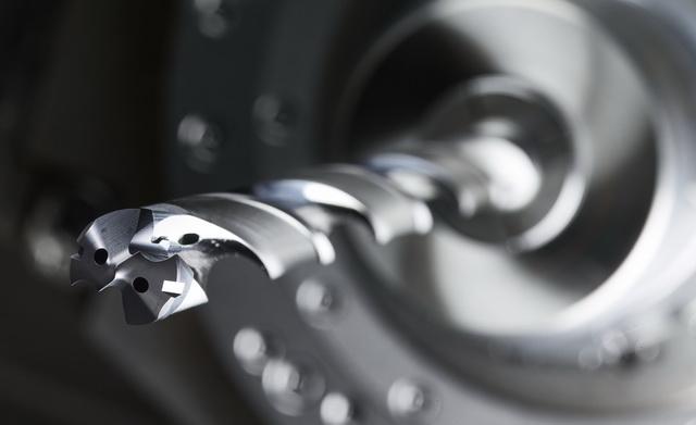 全硬质合金刀头 - 肯纳金属公司开发出一款世界领先的模块化钻产品